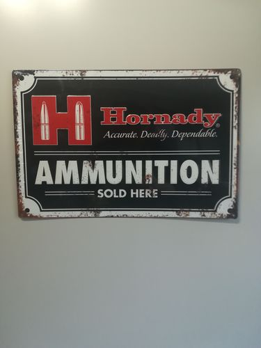 "Hornady #99118 Vintage Blechschild ""Ammunition Sold Here"""